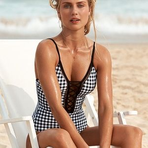 NWT $160 SEAFOLLY LA BELLE LACE UP ONE PIECE